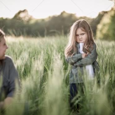 """Παιδικά """"τικ"""": Θα πρέπει να μας ανησυχούν;"""