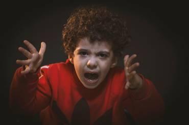 Θυμός και εχθρότητα των παιδιών και πώς να τα αντιμετωπίσουμε