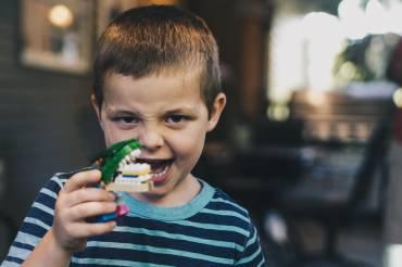 Το παιδί μου δαγκώνει τους συνομηλίκους του στον παιδικό σταθμό – Τι να κάνω;