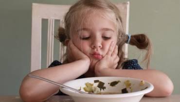 Παιδί και διατροφή: Γιατί δεν τρώει το φαγητό του;