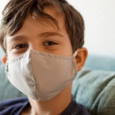 Μάσκα και Παιδιά: Η νέα πραγματικότητα και ο ρόλος των γονιών